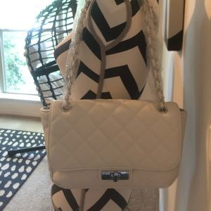 Steve Madden white quilted flap shoulder bag